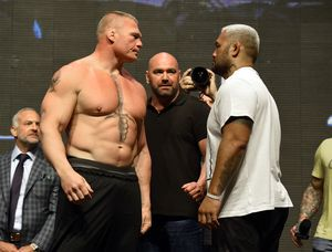Brock Lesnar vs. Mark Hunt UFC 200
