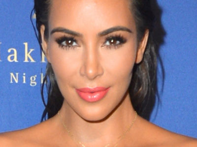 Daaaamn! Kim's Cleavage Was OUT OF CONTROL In Vegas -- And So Was Her Waist!