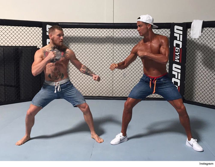 0725-conor-mcgregor-cristiano-ronaldo-shirtless-gym-ufc-vegas-INSTAGRAM-02