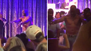 Jerry Rice -- Gives Topless Lapdance ... At Lake Tahoe Party