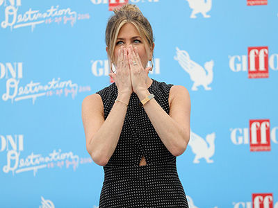 Jennifer Aniston BREAKS DOWN in Emotional Interview About Her Past: This is Hard to Watch!