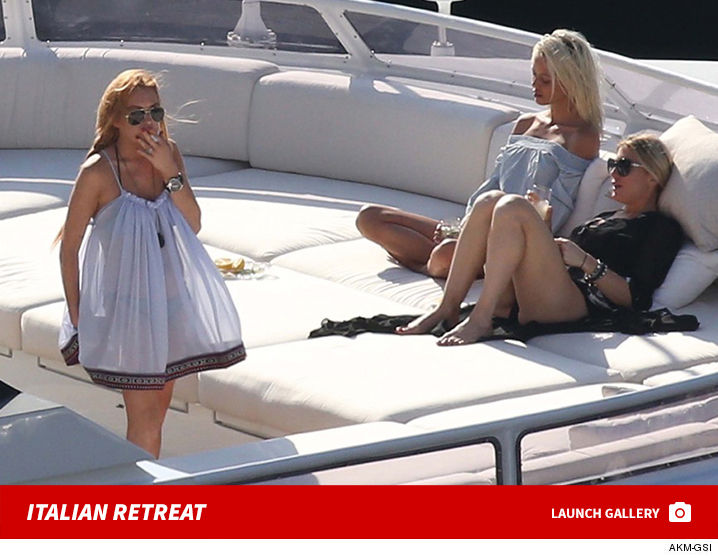 Lindsay Lohan -- I'm On a Boat ... Ciao, Egor! (PHOTOS)