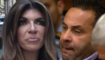 Teresa & Joe Giudice -- Wedding Photo Album Raided ... Photog Sues