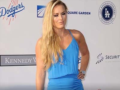 Lindsay Vonn Has an EPIC Upskirt Moment on the Red Carpet ... Not a Spanx in Sight! Damn!