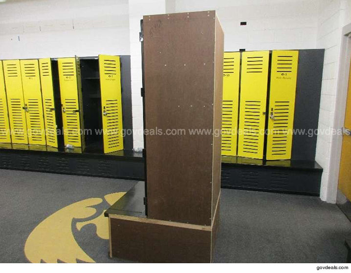 0808-iowa-football-locker-side-govdeals