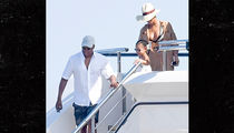 Beyonce & Jay Z -- We're Teachin' Ivy ... This is How to Poop Deck (PHOTO)