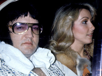 Linda Thompson Talks SEX with Elvis -- And Reveals He Had WHAT Done to His Face?!