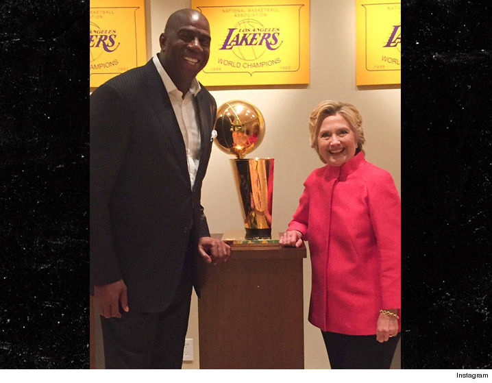 0823-magic-johnson-hillary-clinton-instagram-02