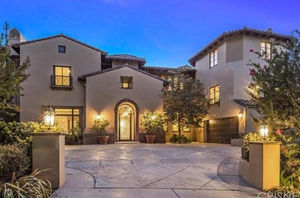 Slash's Rockin' Beverly Hills Mansion Up For Grabs