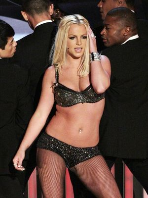 Britney's 2007 Trainwreck VMAs Performance