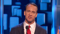 Peyton Manning -- Cracked Tom Brady Deflategate Joke ... At Rob Lowe Roast (Video)
