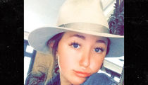 Noah Cyrus -- Pockets $350k Fast Off BIG Record Deals