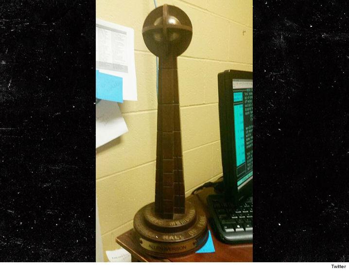 0914-allen-iverson-trophy-twitter-01