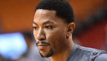 Derrick Rose -- Rape Accuser Must Reveal Identity ... Judge Rules