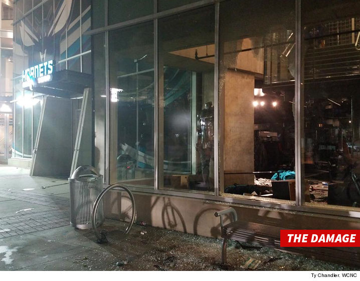 0922-hornets-store-burglary-smashed-glass-TY-CHANDLER-WCNC-01
