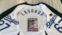 Tommy Lasorda -- Check Out My Birthday Suit ... Dodger Jersey-Lined Blazer (PHOTO)