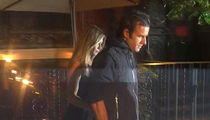 Jennifer Aniston & Justin Theroux -- Smiles, No Smiles