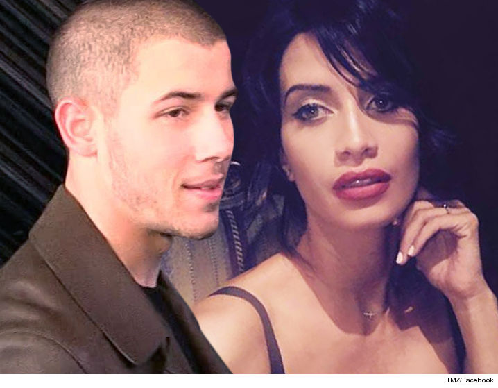 0928-nick-jonas-sarah-duque-tmz-facebook