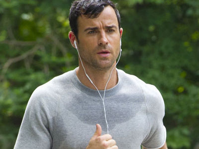 "Justin Theroux Says BULGE Pics Were ""MORTIFYING"" ... Though We Think Otherwise"
