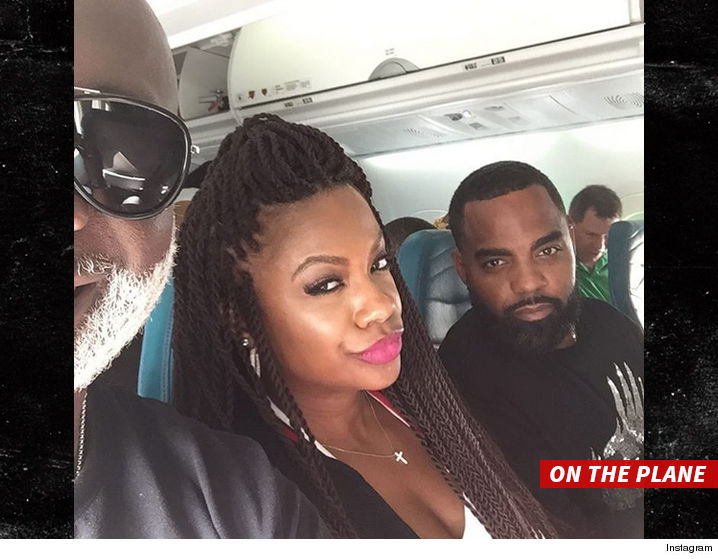 0930_kandi-burruss-and-todd-tucker_on_plane_instagram