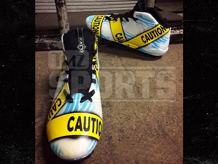 1001-desean-jackson-shoes-tmz-02