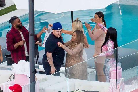 rob kardashian blac chyna baby shower photos 01
