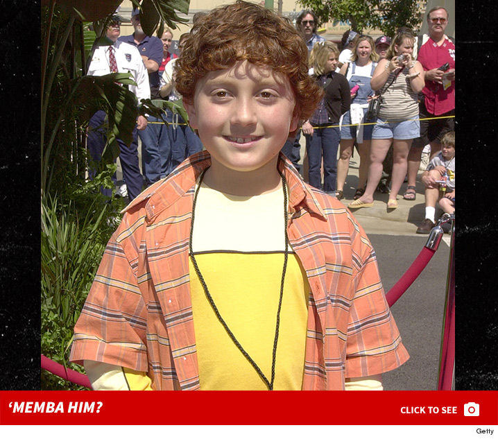 1011_daryl_sabara_spy_kids_now_dating_launch