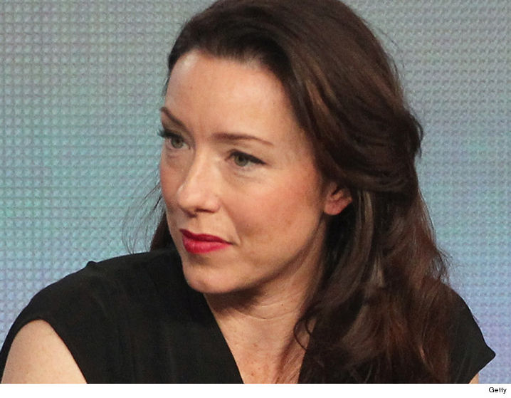 'House of Cards' Star Molly Parker's Husband Files For ...