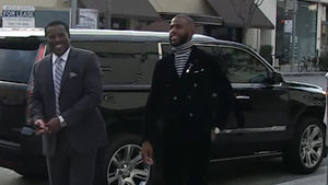 Chris Paul -- Fashion Advice To Fat Guys ... No Turtlenecks, Without A Neck