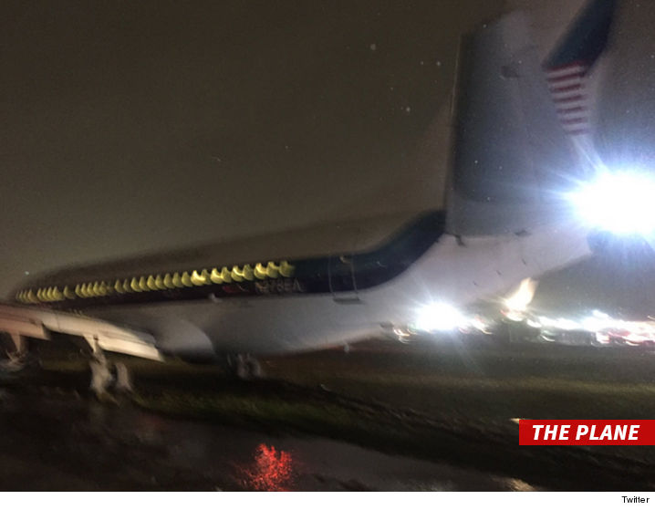 1027_mike_pence_plane_twitter-2
