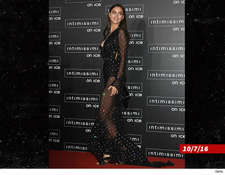 1028-sub-irina-shayk-getty-02