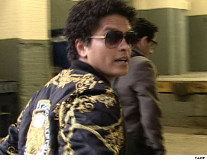 Bruno Mars Sued Over Hit 'Uptown Funk' | TMZ.com | 718 x 559 jpeg 55kB
