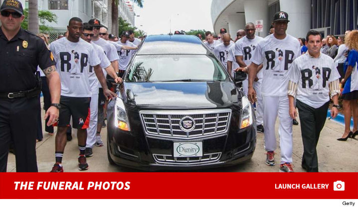 1104-launch-jose-fernandez-funeral-photos-getty