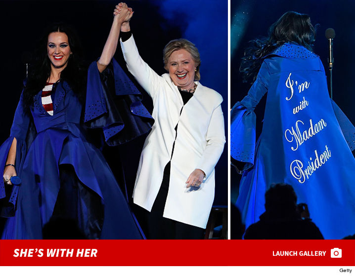 1106-katy-perry-hillary-clinton-shes-with-her-gallery-launch-GETTY-01