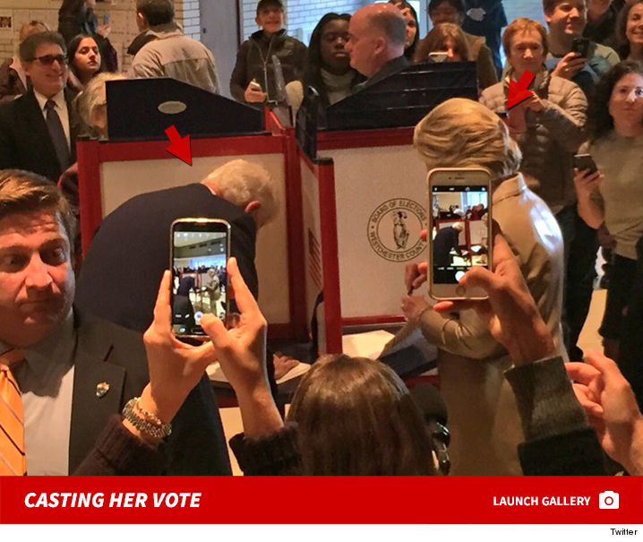 hillary_clinton_casting_vote_twitter_sub_footer