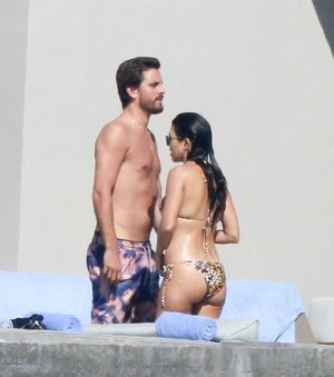 Kourtney Kardashian and Scott Disick -- Reunited in Cabo