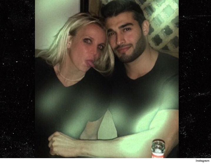1128-britney-spears-sam-asghari-INSTAGRAM-01