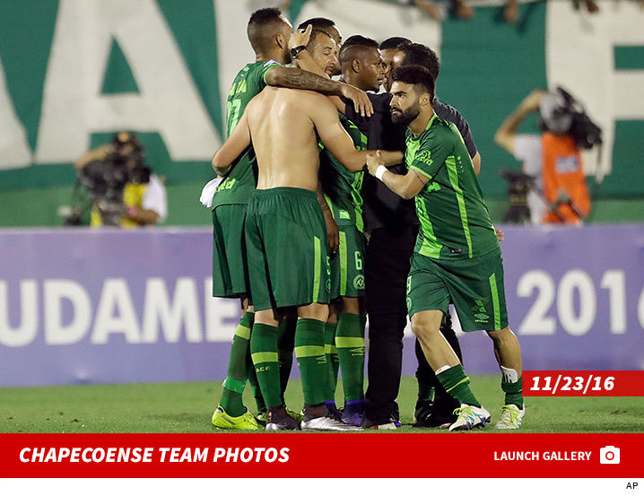 1129_Chapecoense-team-photos-launch