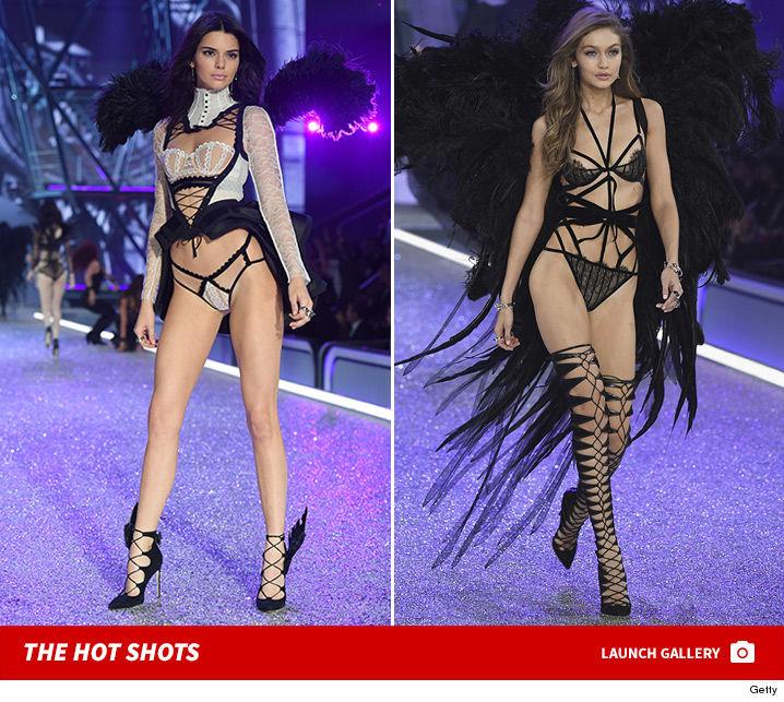 1130_victorias_secret_Fashion_show_runway_photos_launch_2