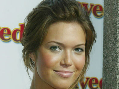 Mandy Moore Details Family Lesbian Affair That Changed Her Life!