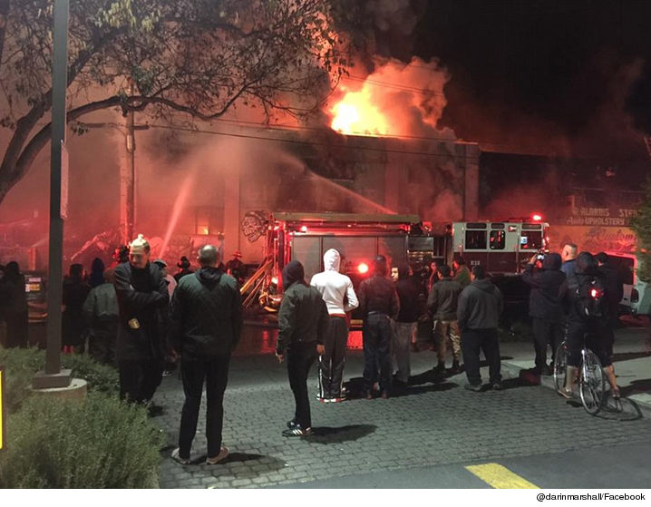 1203-oakland-fire-facebook-01
