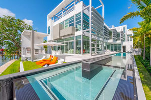 Kylie Jenner's Miami Waterfront Mansion