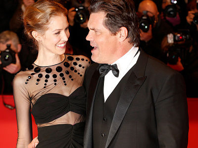 Josh Brolin Posts Nearly Nude Pic of New Wife -- Did She Approve of THIS?