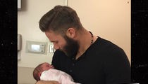 Julian Edelman -- First Pic with Baby Daughter ... 'Welcome to the Fam'