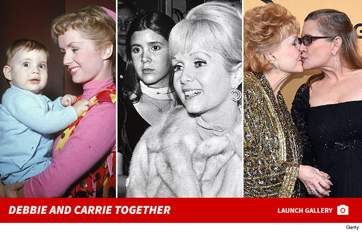 1228-Debbie-Reynolds-Carrie-Fisher-together-photos