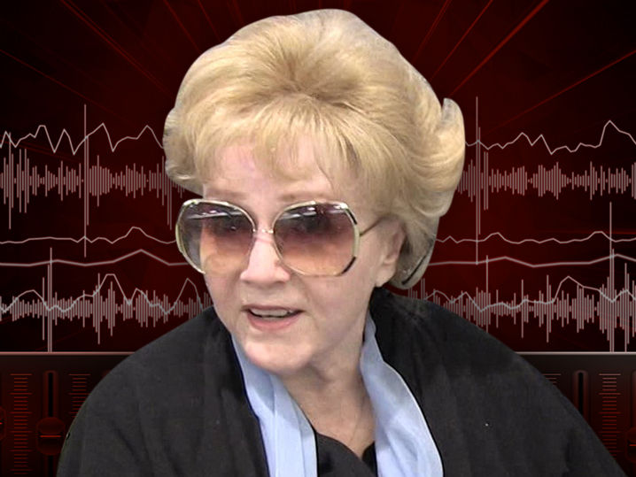 Debbie Reynolds Rushed to Hospital for Possible Stroke