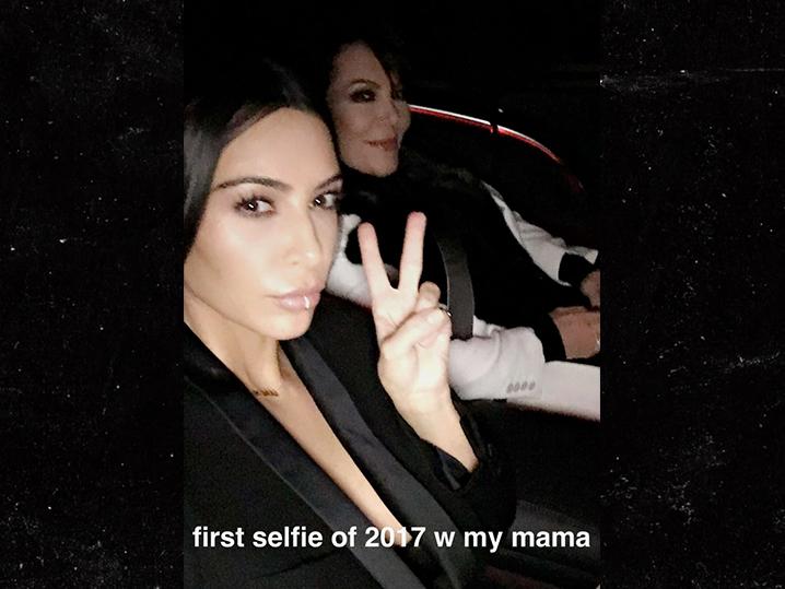 0104-kim-kardashian-first-selfie-2017