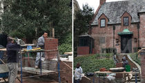 President Obama Builds a Wall for Rental House (PHOTO GALLERY)
