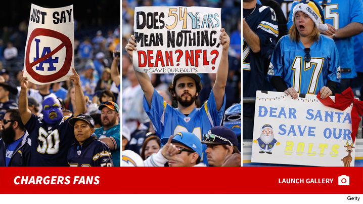 0112_chargers_fans_footer