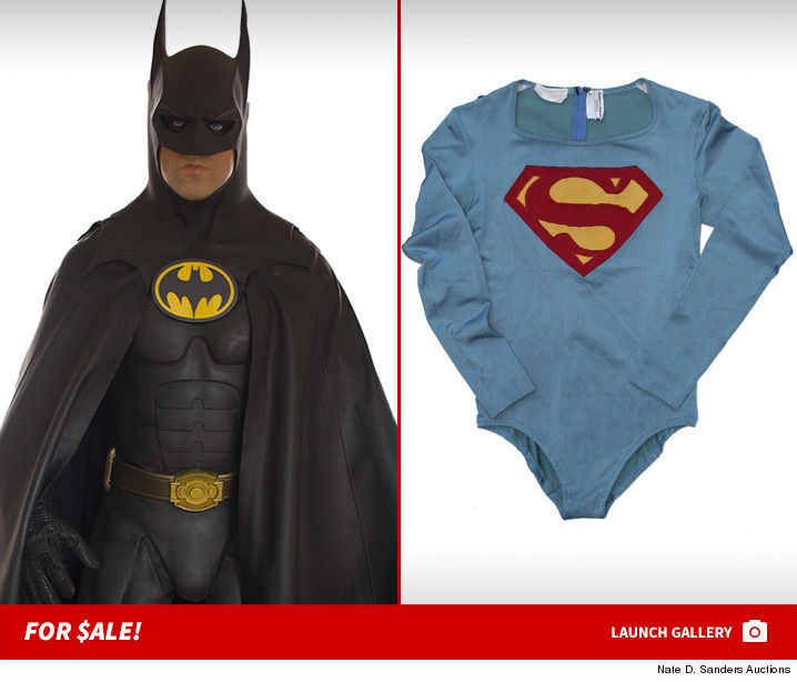 0113-batman-vs-superman-auction-photos-launch